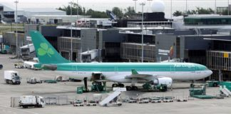 Aer Lingus plane at Shannon Airport